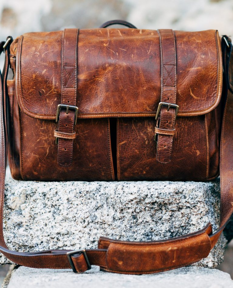15 Stylish Leather Messenger Bag Ideas For Men