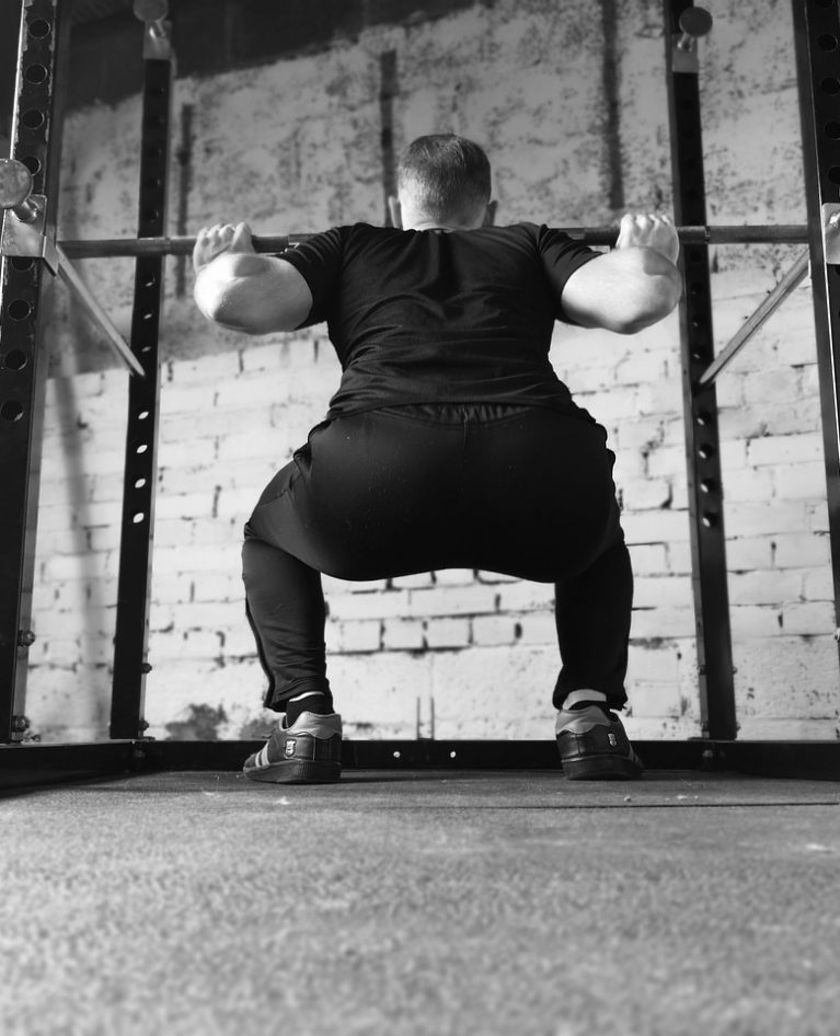 12 Best Glute Exercises For Men To Keep You Pumped