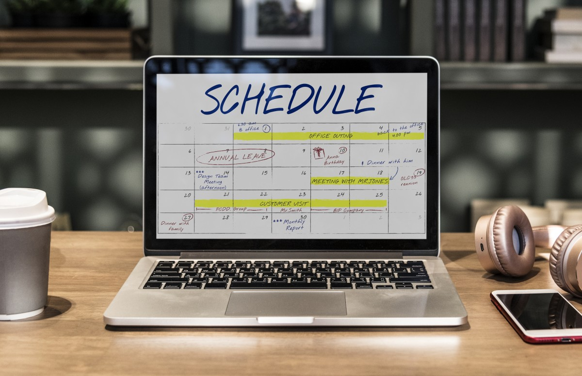 laptop showing a working schedule