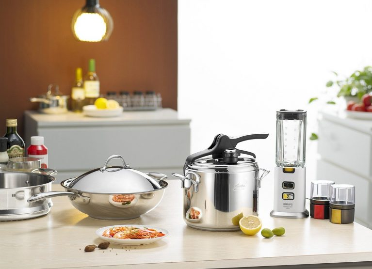 30 Kitchen Gadgets for Foodies and Budding Chefs