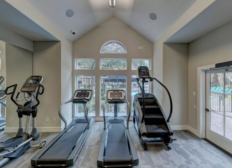 60 Best Home Gym Equipment and Other Essentials You Need To Buy in 2021