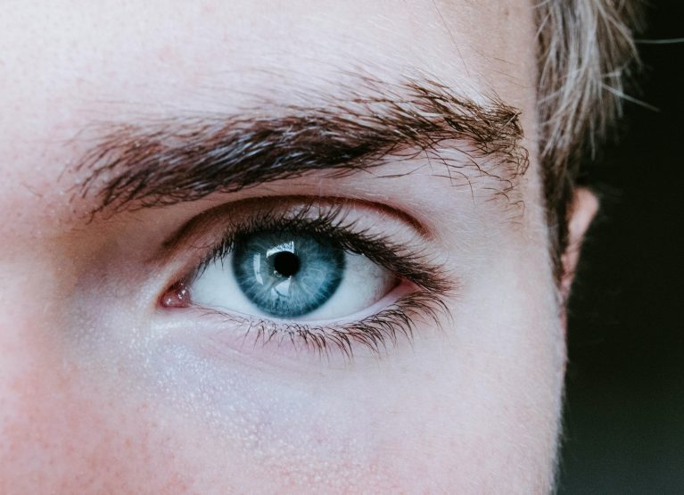 A Beginner's Guide to Eyebrow Threading: Does It Hurt?