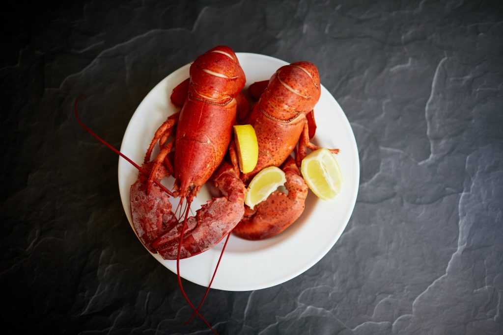 lobster with lemon for your next date night meal